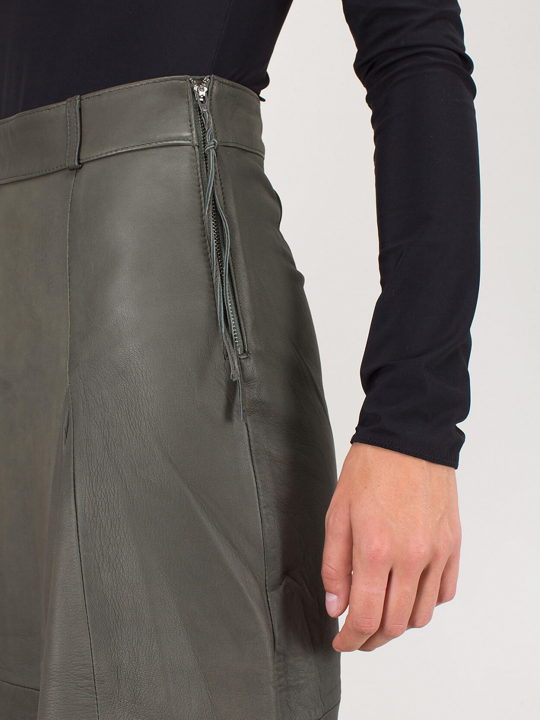 Patricia Skirt army Leather