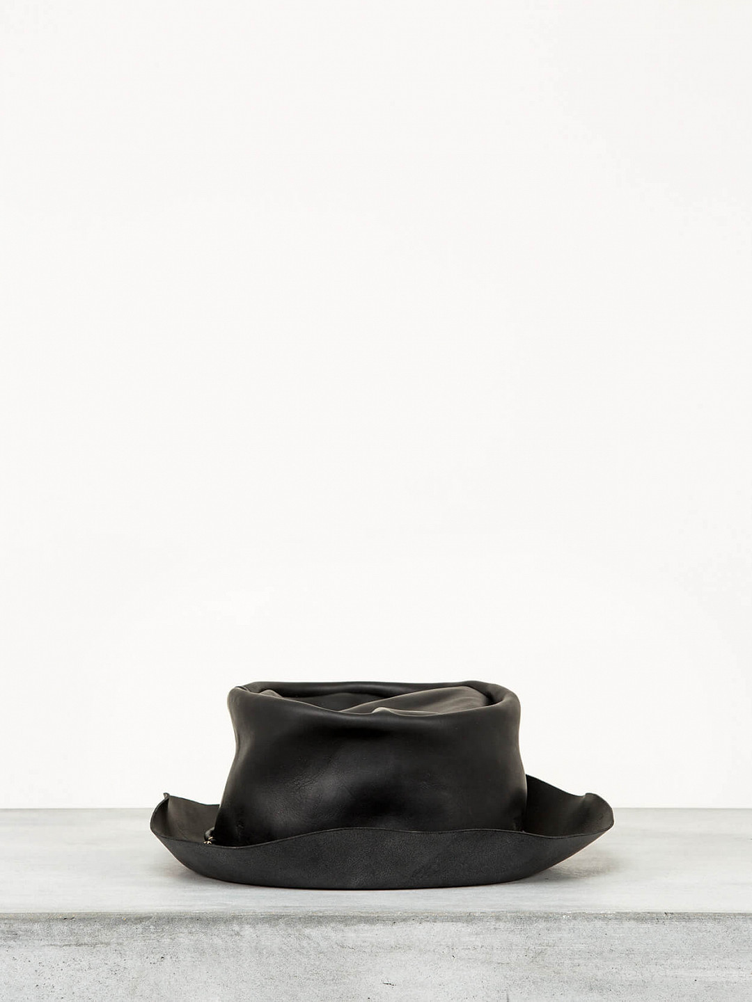 Tribly Hat Leather black