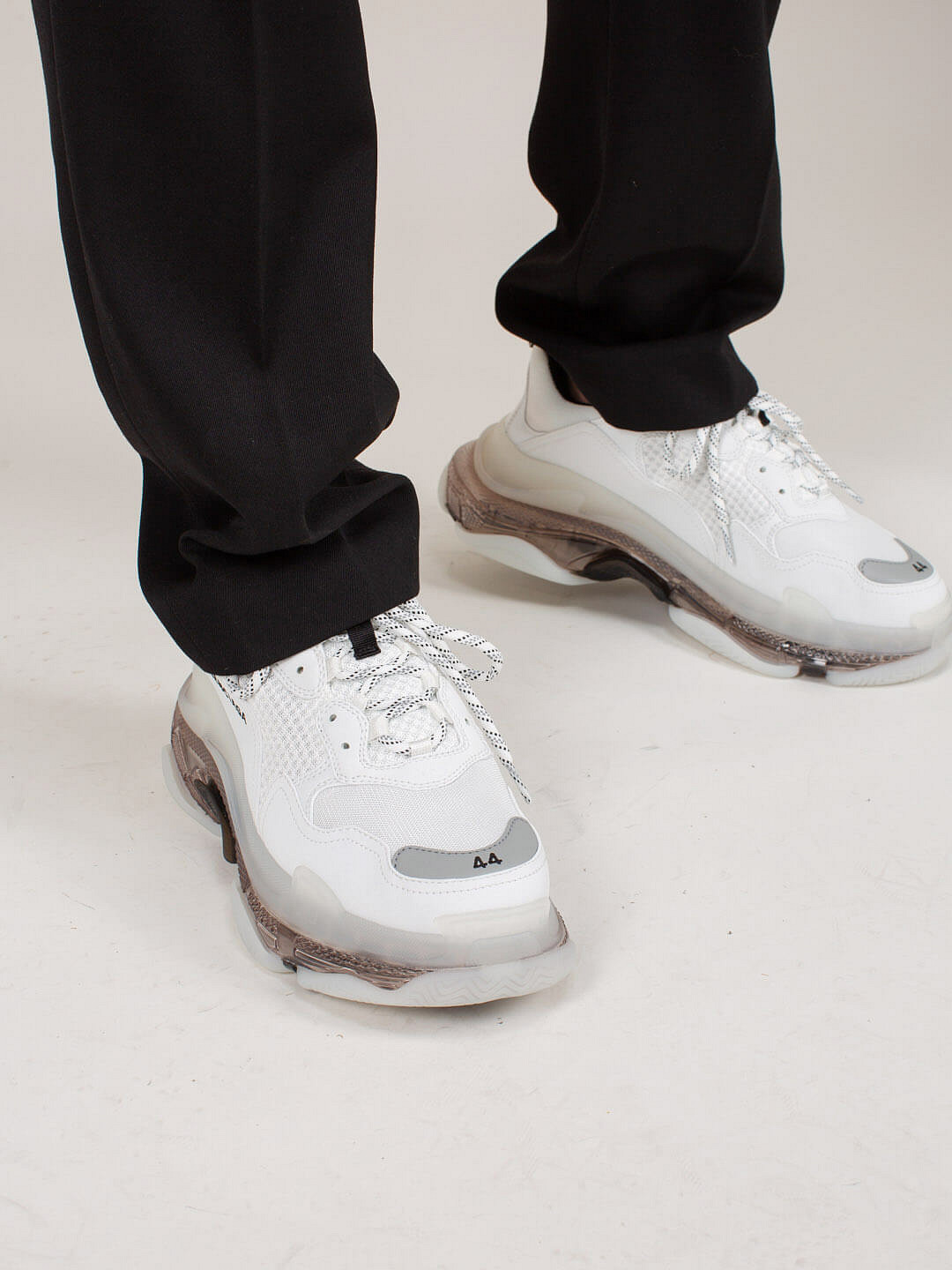 Triple S Clear Solewhite grey
