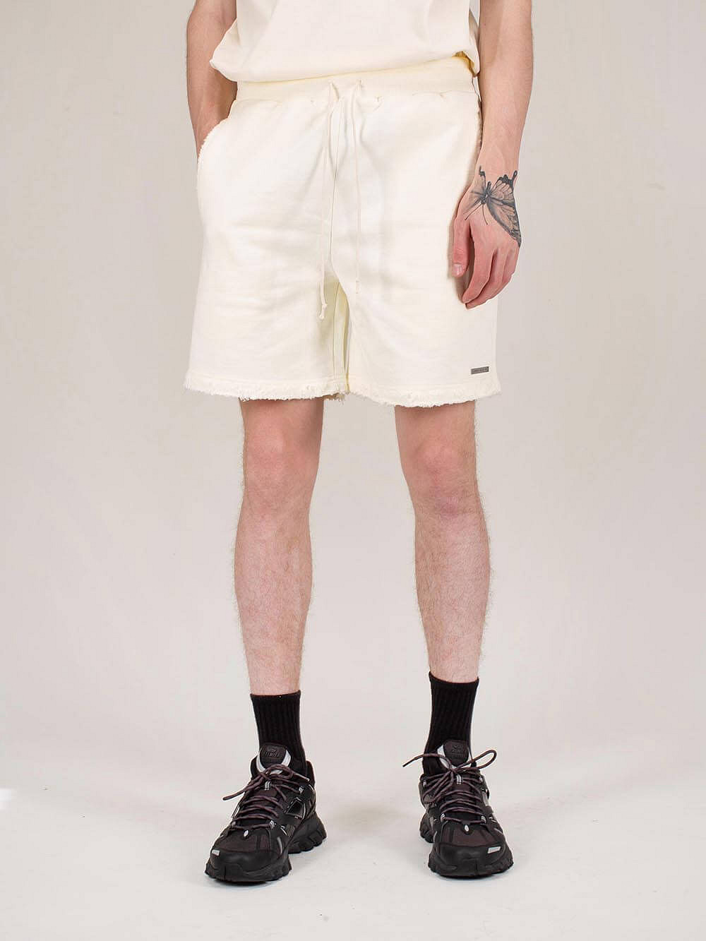 Distressed Shorts creme