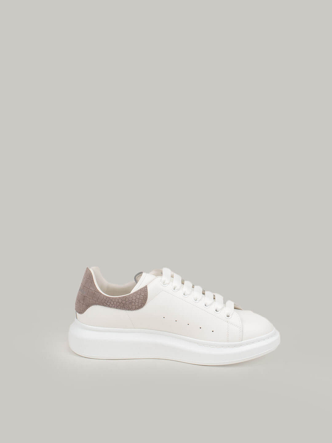 white Low Top Lace Up Sneaker grey