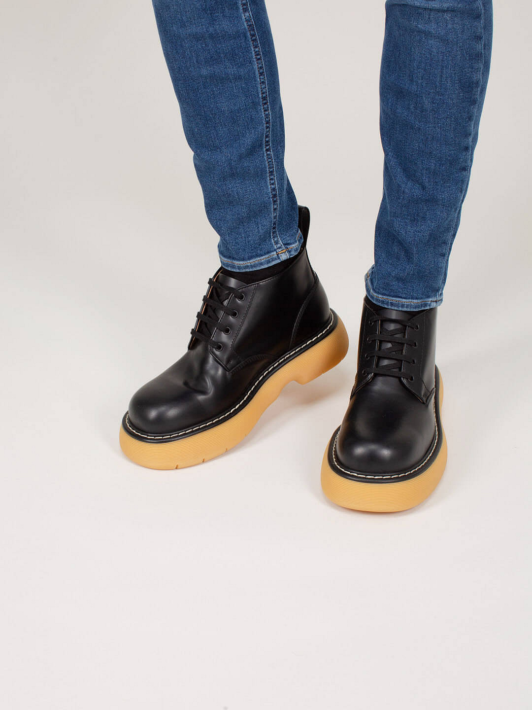 Boot Leather Tokyo black Rubber Sole