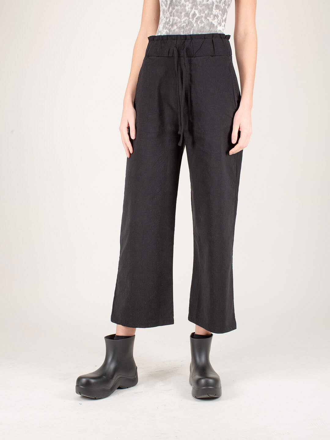 Trousers Wide Fit black