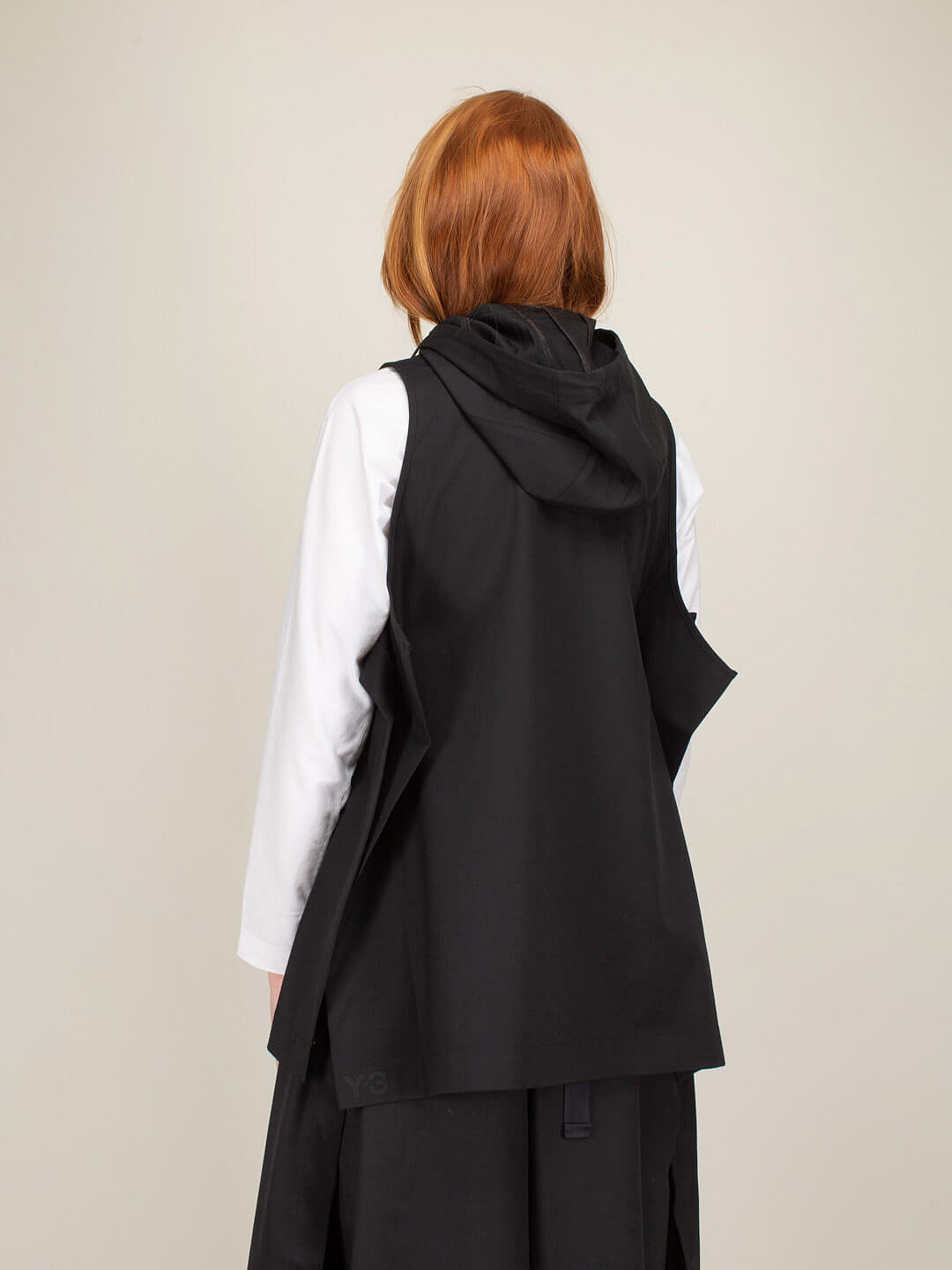 Classic Wool Stretch Hooded Vest