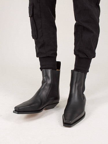 Leather Boot The Lean black