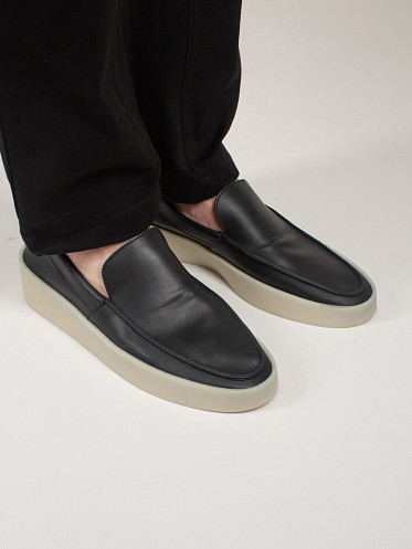 The Loafer black