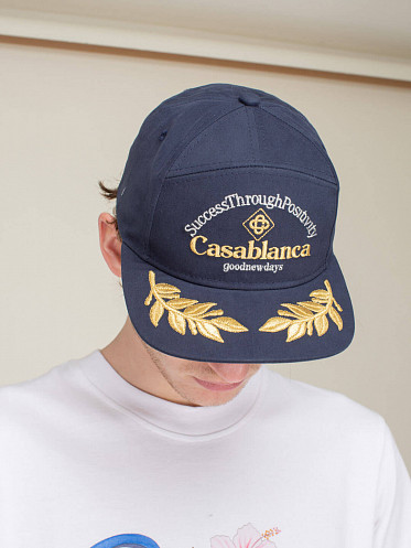 Suc Through Embroidered Cap navy
