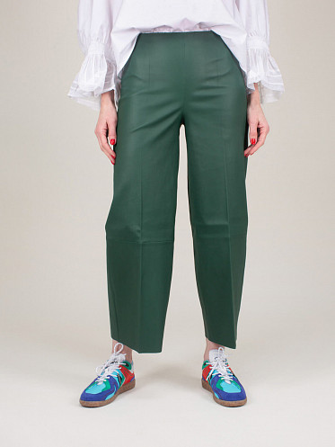 Clivia Leather Pants green