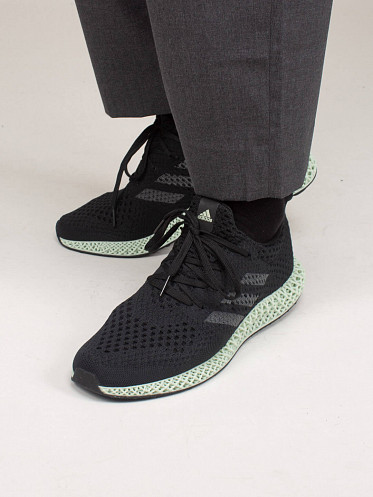 4D Futurecraft black