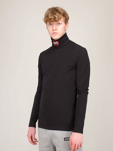 No Mainstream Fitted Turtleneck black