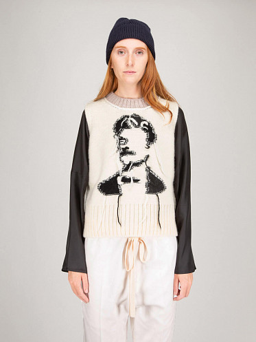 Knitted Sweater white
