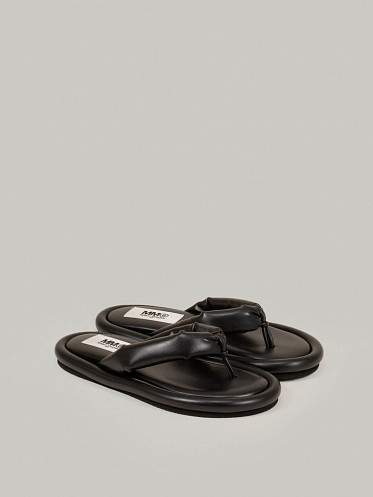 MM6 Leather Slippers black